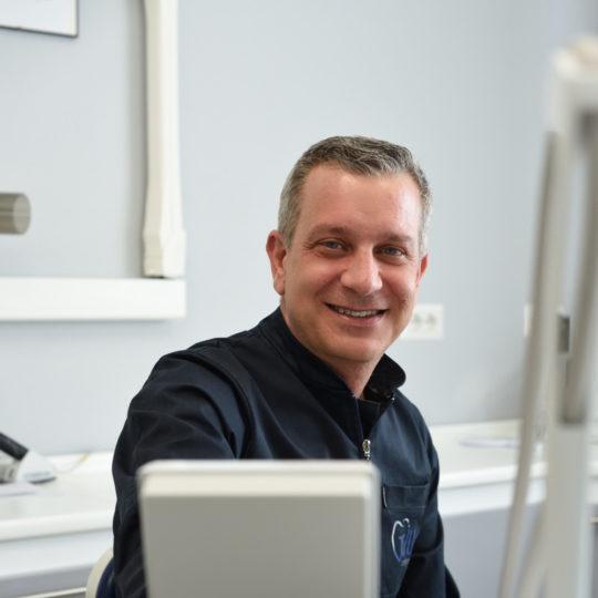 Dentista Reggello Firenze